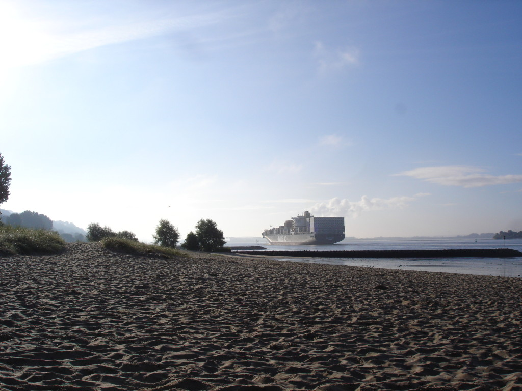 Hamburk-ráno napláži